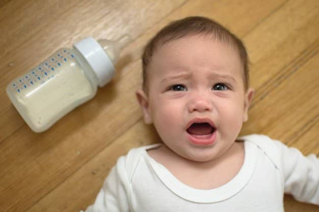 baby crying when mom stop breastfeeding
